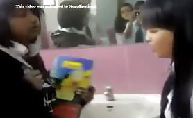 Kalo Puti Haru Fighting In Washroom