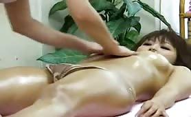 Sexy lesbian Asian girls